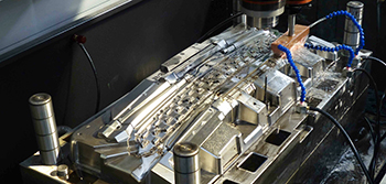 Die-casting mold industry to obtain a strong thrust of the automotive industry